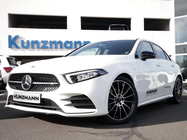 Mercedes-Benz A 200 d Limousine Edition2020 AMG Night MBUX LED