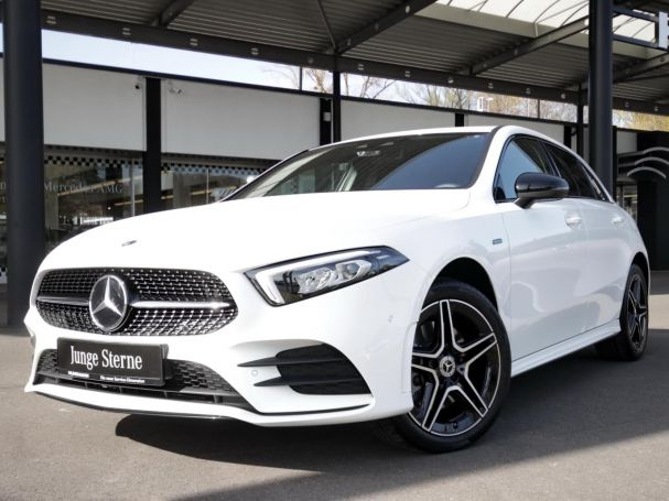 Mercedes-Benz A 250 e  AMG Night MBUX Navi LED Spurhalte-A.