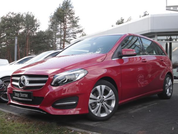 Mercedes-Benz B 220 4M Urban Navi LED Distronic Kamera