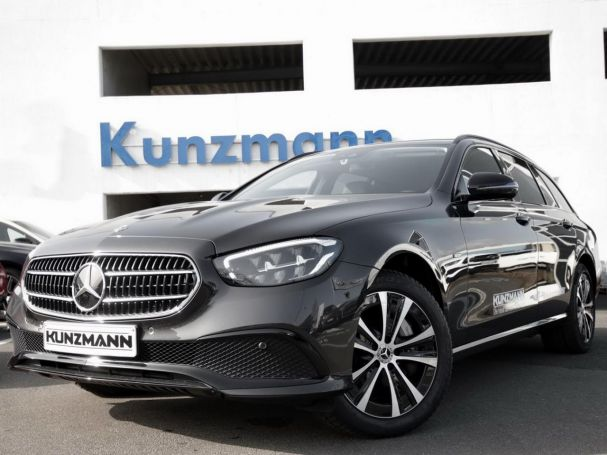 Mercedes-Benz E 300 de 4MATIC T-Modell Avantgarde Night MBUX