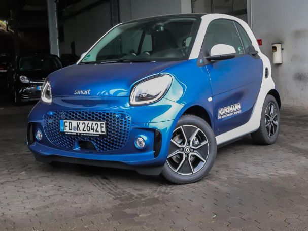 Mercedes-Benz smart EQ fortwo passion Exclusive-Paket Panorama