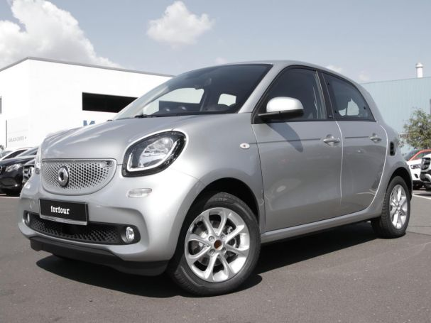 SMART forfour  passion twinamic Cool&Audio SHZ AblageP