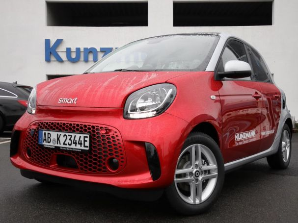 SMART smart EQ forfour passion Kamera Panoramadach DAB