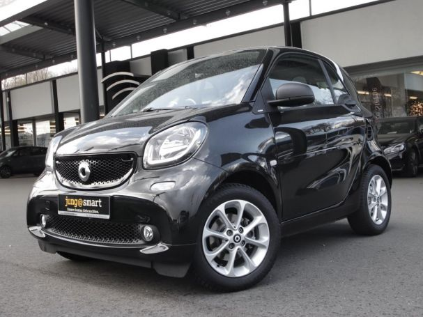 SMART fortwo  passion Navi LED Pano JBL Sound. SHZ