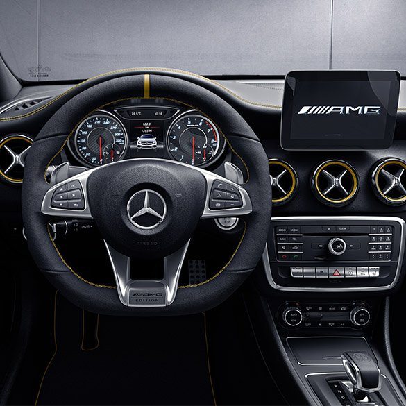 amg performance lenkrad yellow night edition gla x156. Black Bedroom Furniture Sets. Home Design Ideas