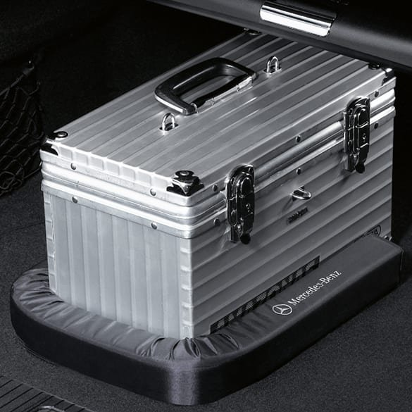 luggage-securing feature black genuine Mercedes-Benz