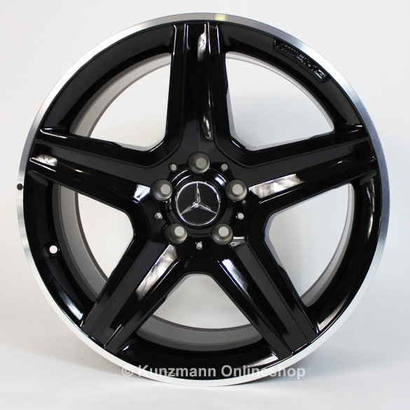 Amg 19 inch light alloy wheel set mercedes benz gla x156 for Mercedes benz mag wheels