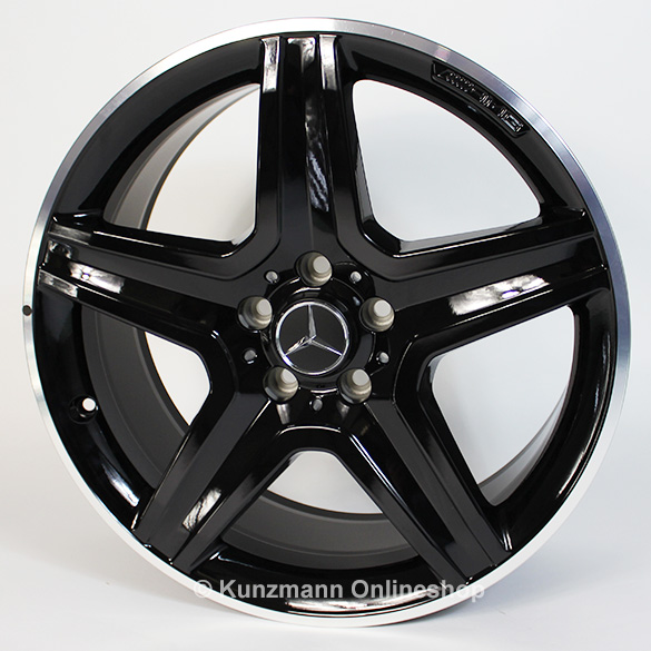 Amg 19 inch light alloy wheel set mercedes benz gla x156 for Mercedes benz 19 inch amg wheels