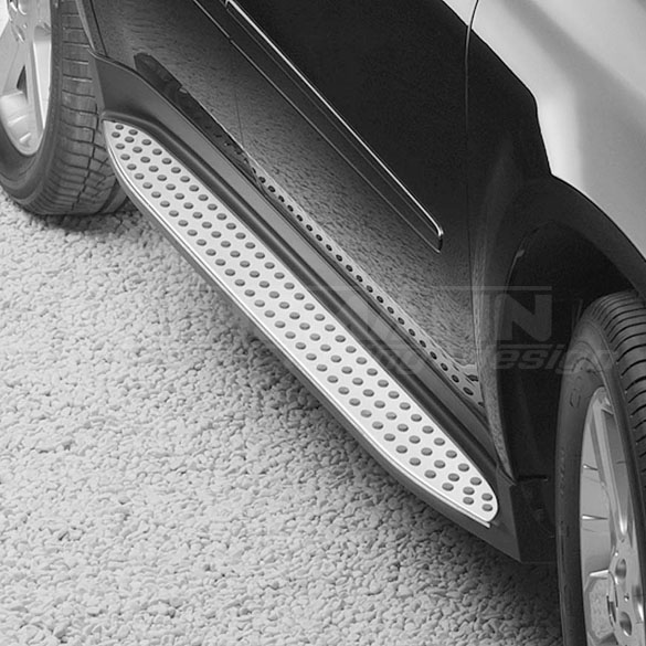 AMG running boards | steel optic with rubber nubs | M-Class W164 | Original Mercedes-Benz